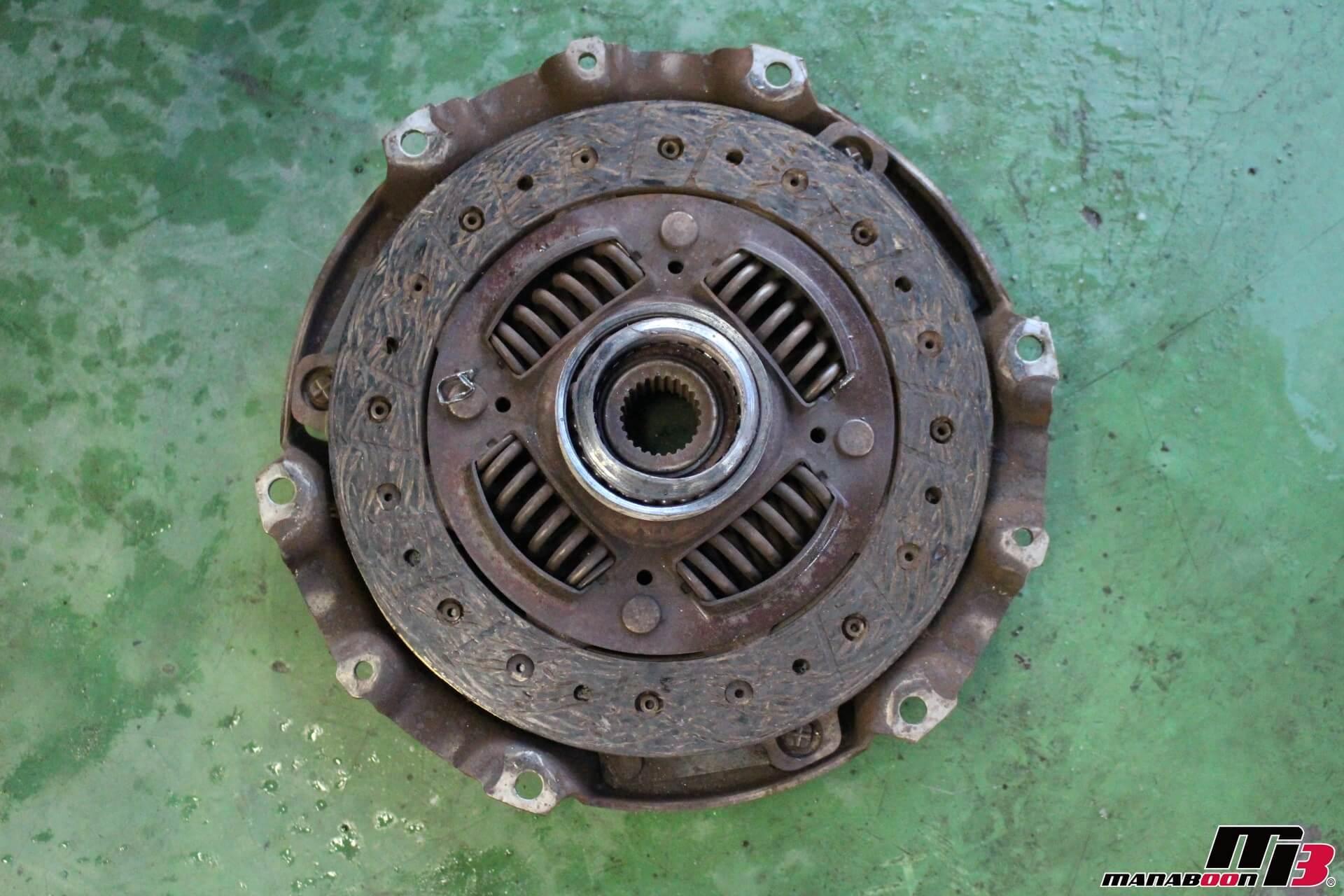 インテグラタイプR(DC5)クラッチ交換作業画像