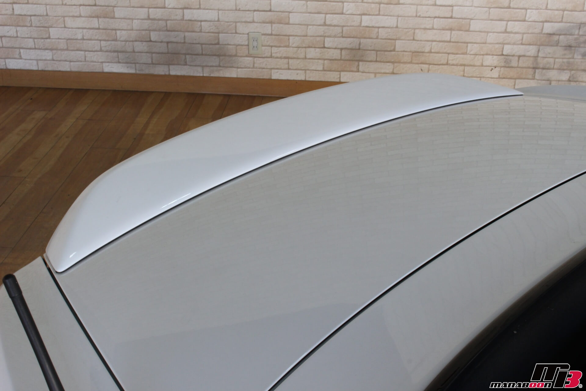 S2000(120型)チャンピオンシップホワイトModuloリアスポイラー画像