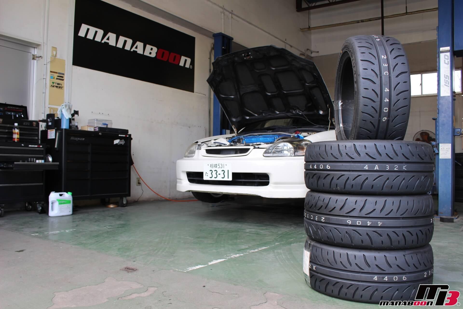 シビックタイプR(EK9)タイヤ交換画像