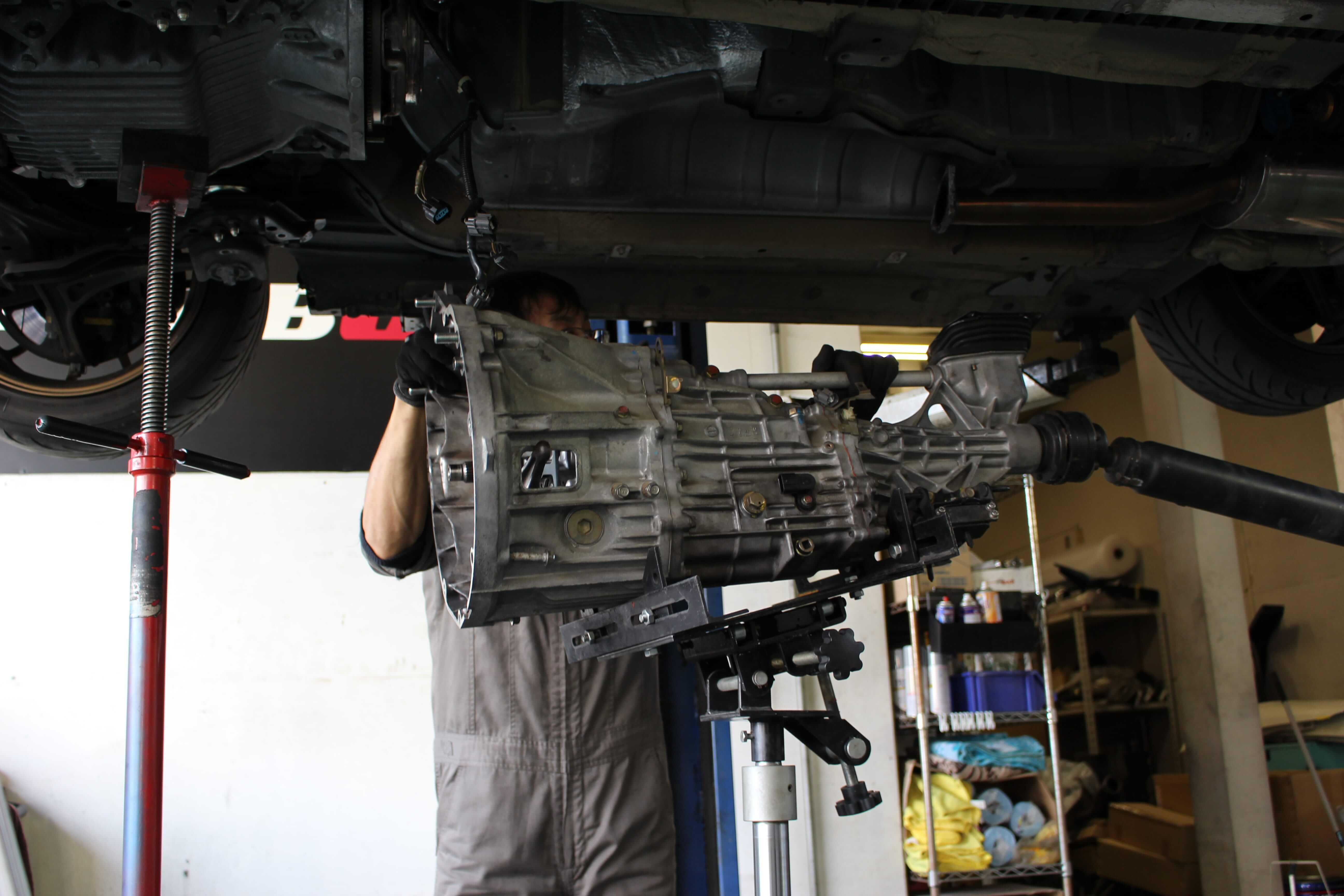 S2000 ミッション&クラッチ下ろし画像