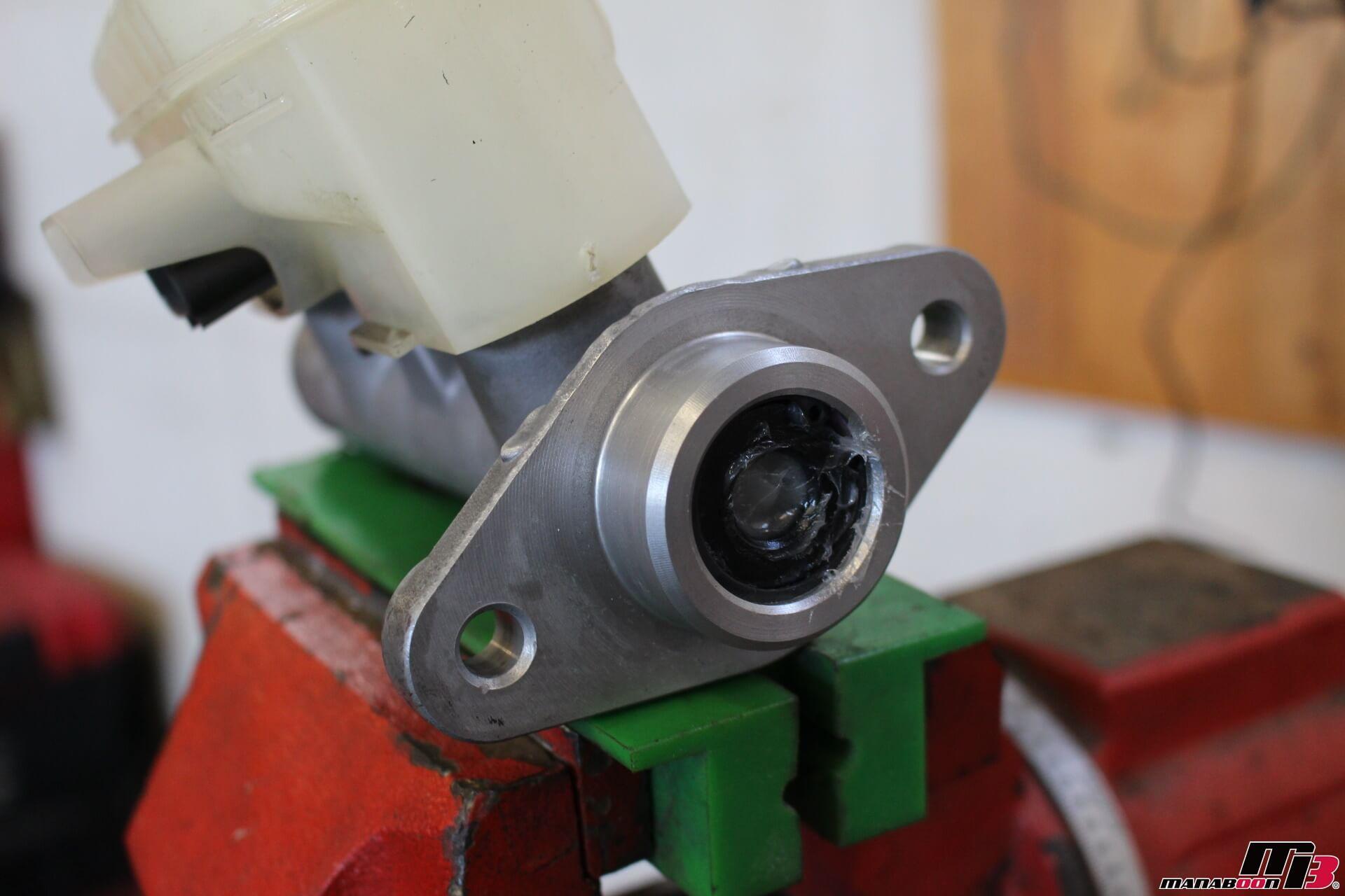 S2000 ブレーキマスターシリンダーOH画像