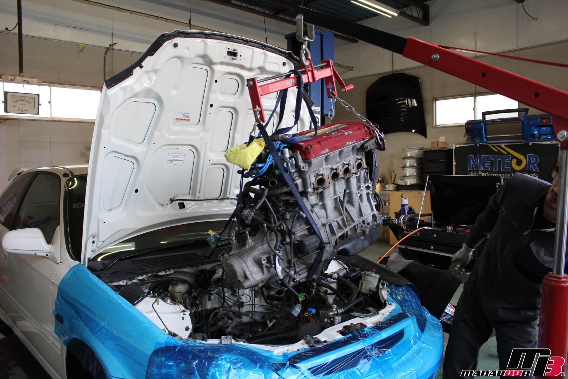 シビックタイプR(EK9)エンジンオーバーホール載せ替え作業