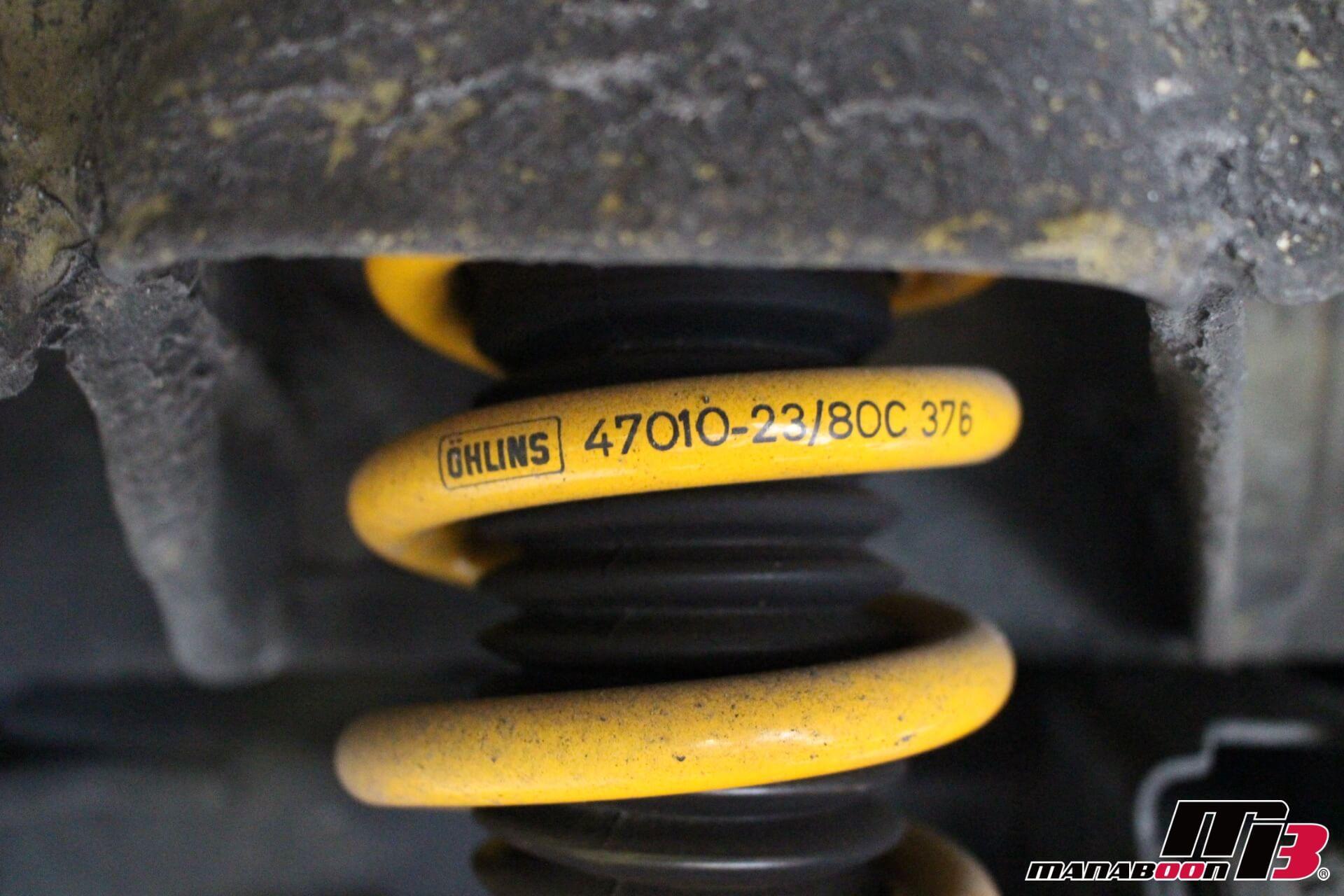 オーリンズ車高調サスペンション画像