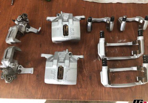 シビックタイプR(EK9)ブレーキキャリパーOH画像