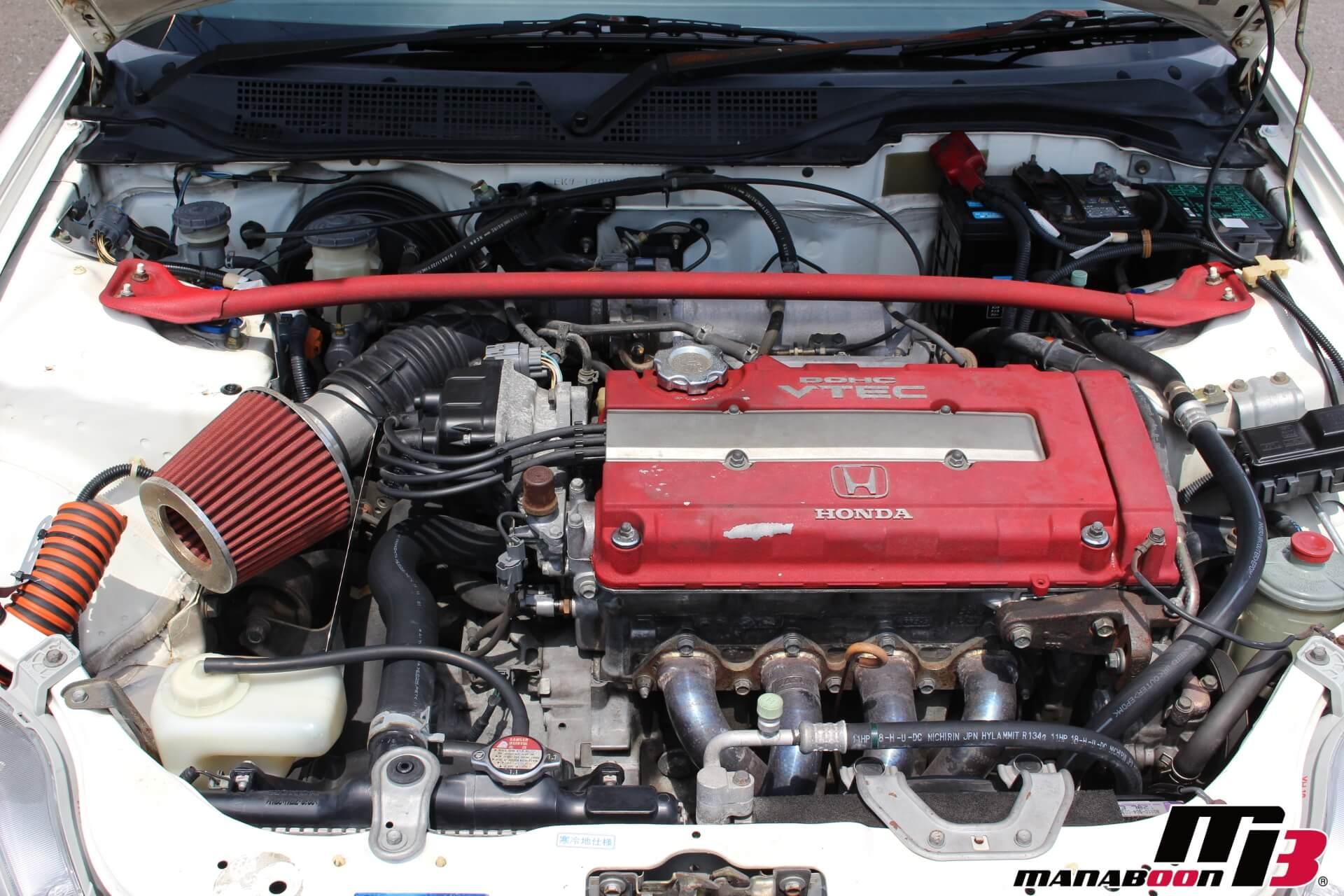 シビックタイプR(EK9)後期型 エンジンルーム画像