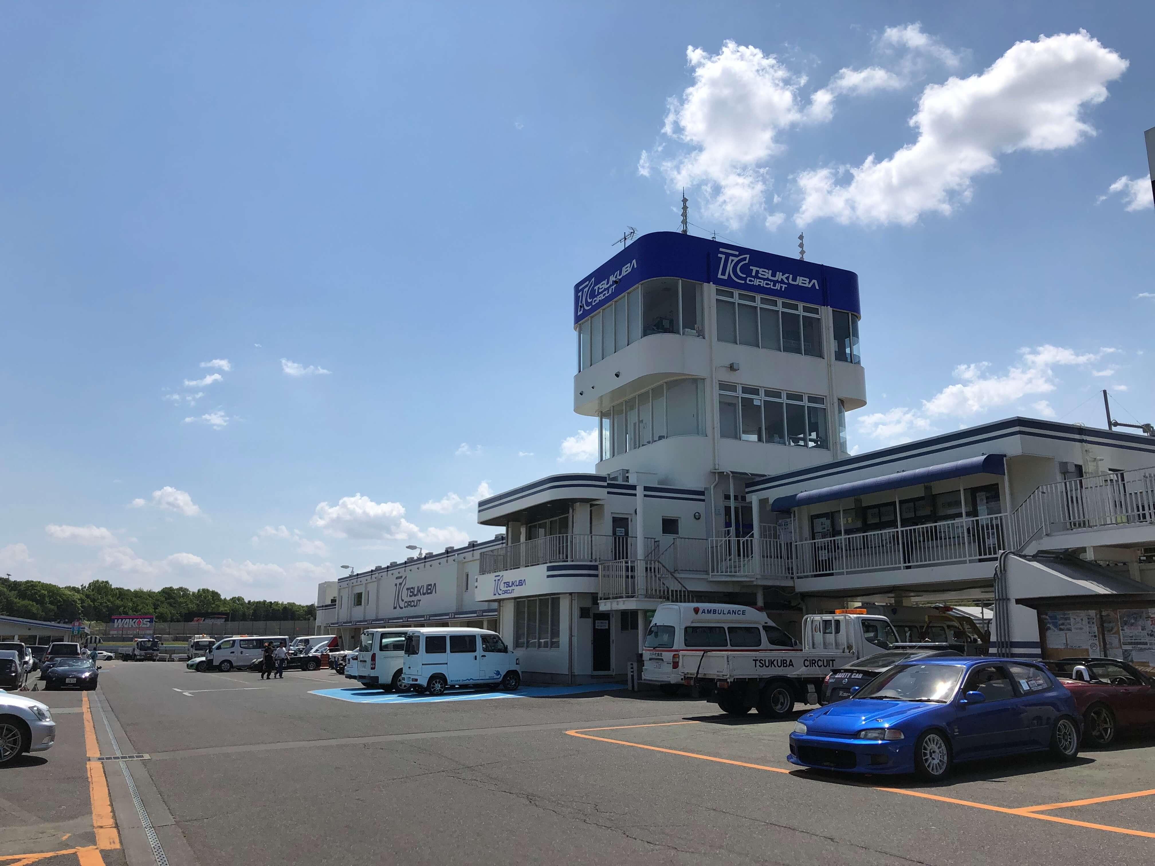 TC2000 Aパドック ドライバーズサロン ピット 走行会