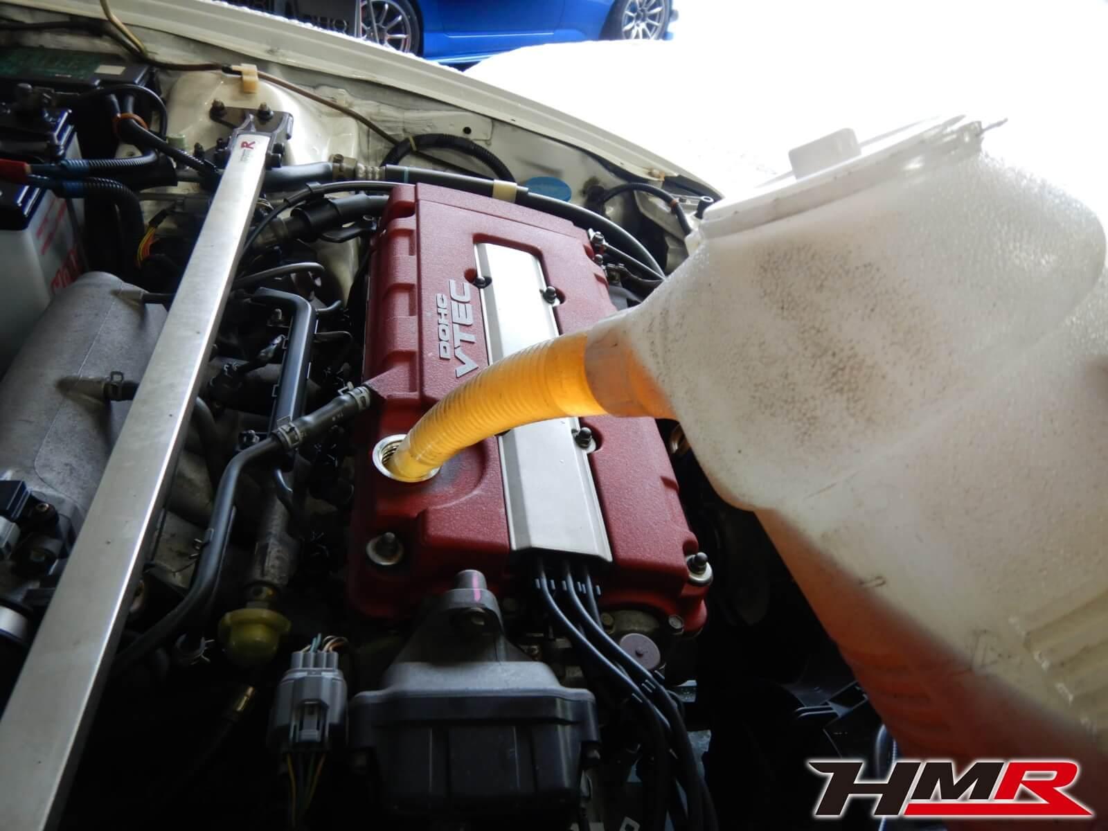 インテグラタイプRセダン DB8 エンジンオイル交換