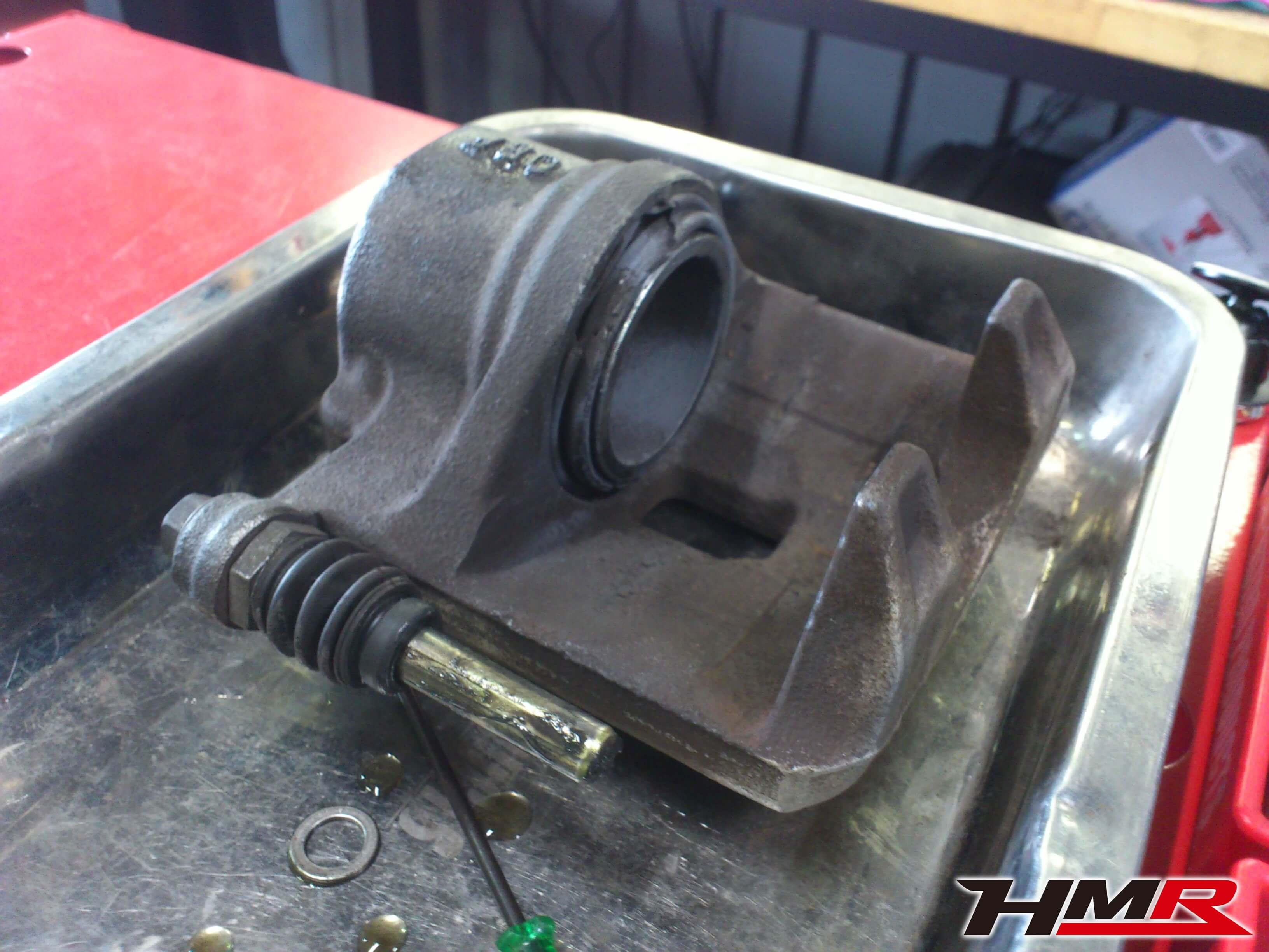 S2000 AP1 ブレーキキャリパーOH