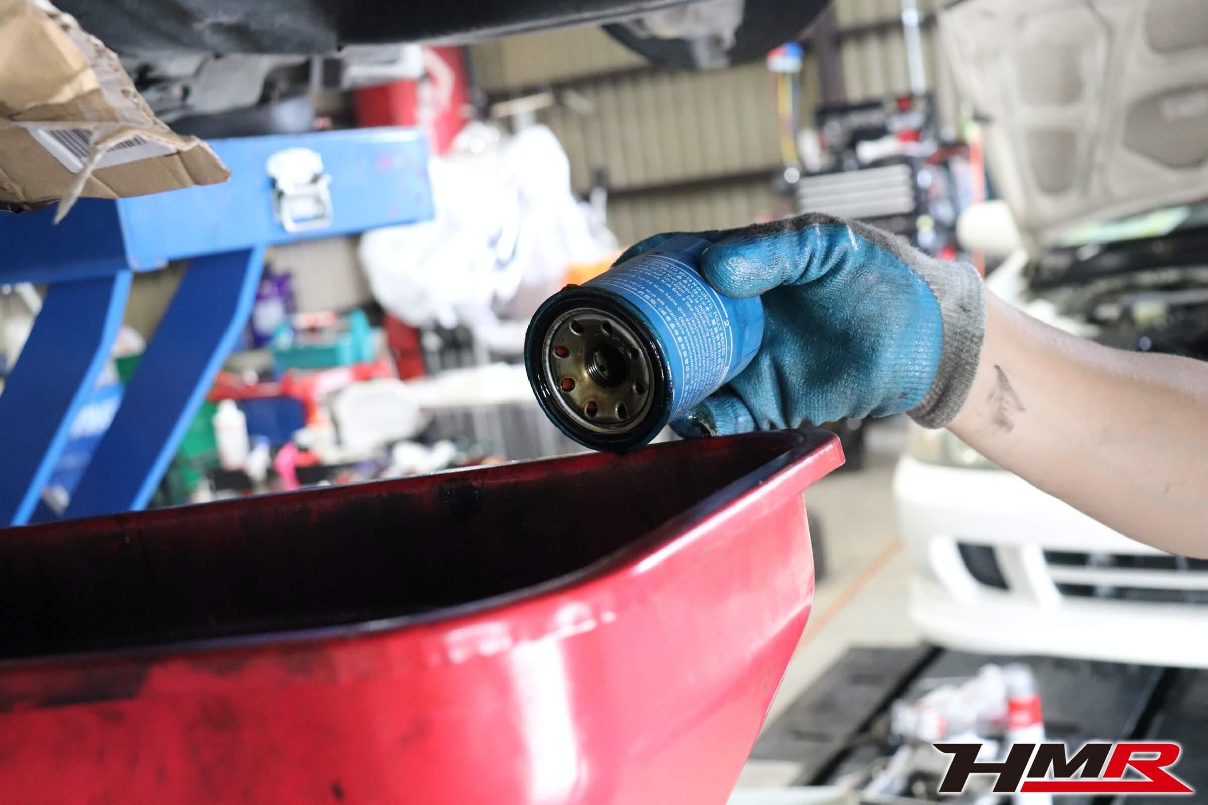 アコードユーロR(CL7)エンジンオイルフィルター交換