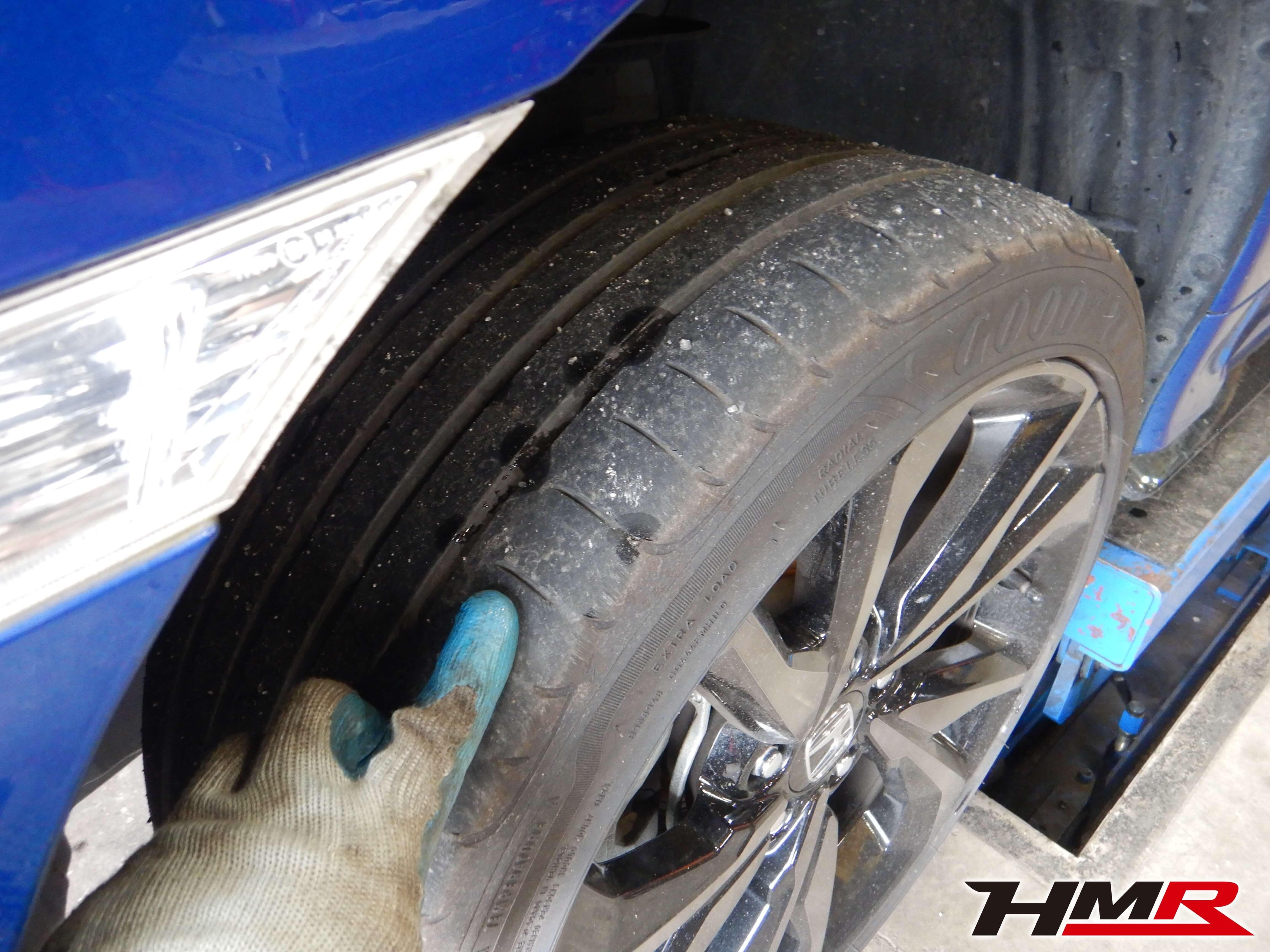 シビックハッチバック FK7 タイヤ交換