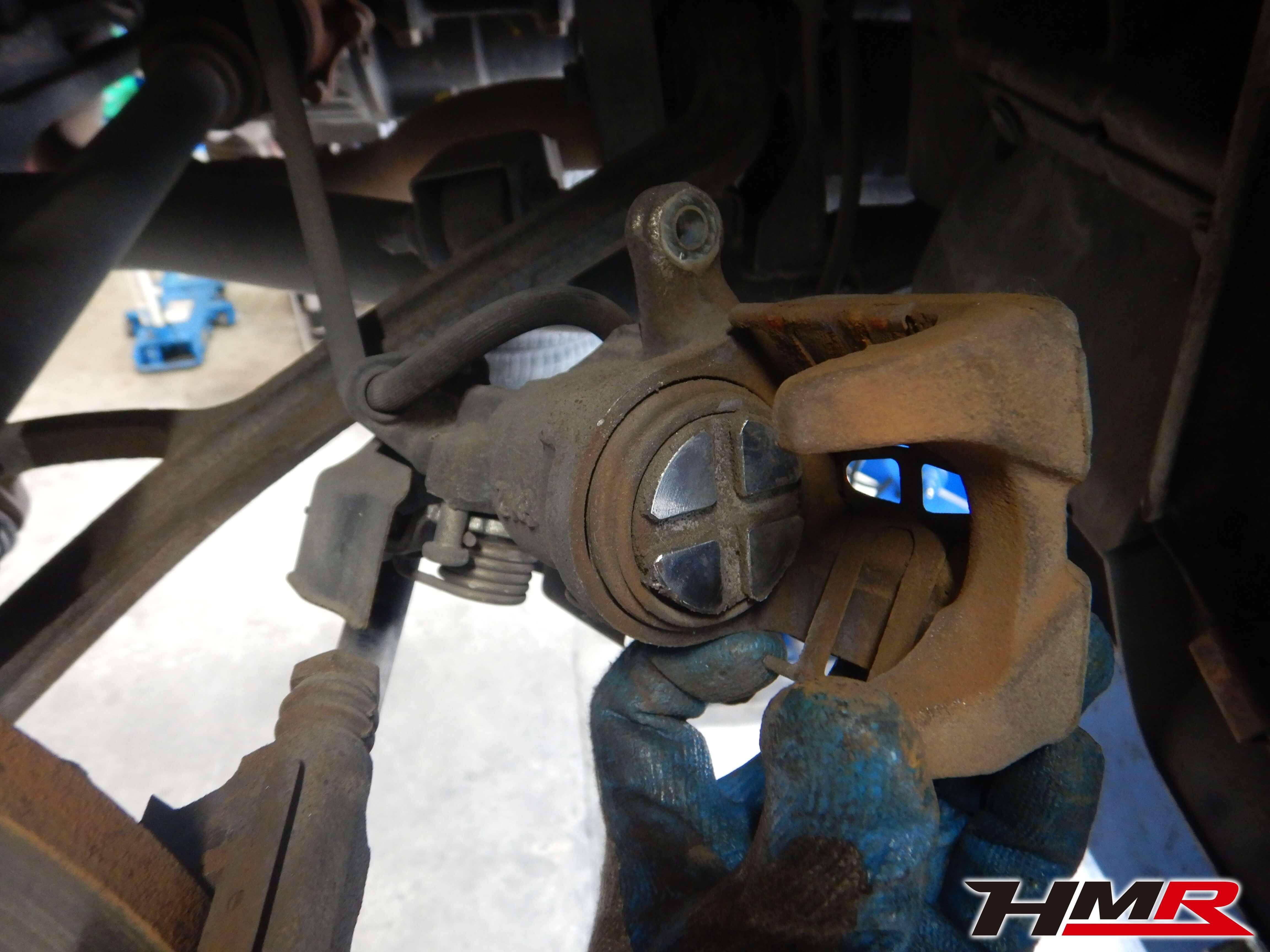 S2000 AP2 リアブレーキ点検