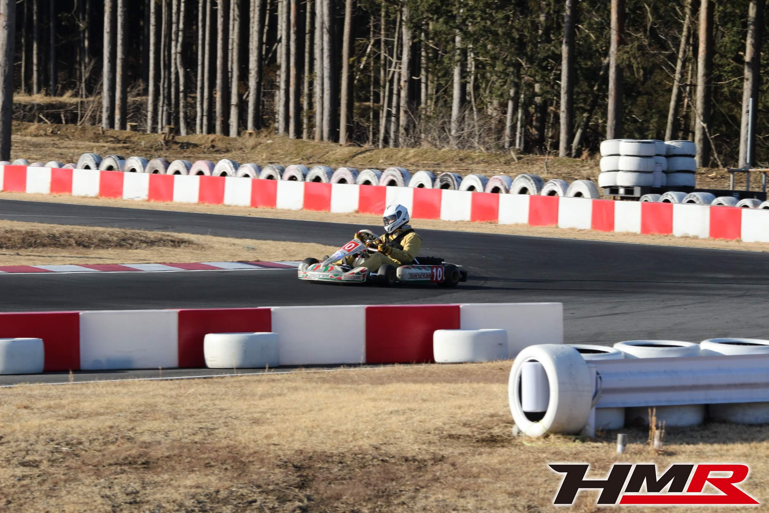 APG レーシングカートKT100