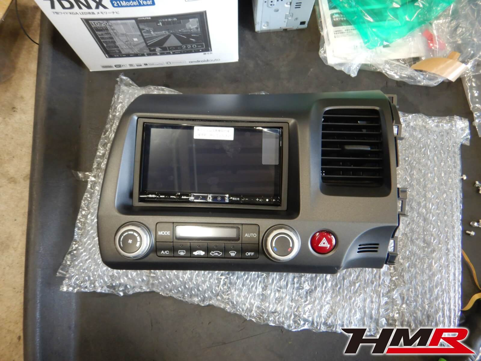 シビックタイプR(FD2) アルパインナビバックカメラ取付